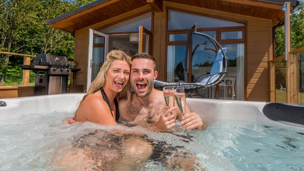 hottest holiday trends in 2018 is private hot tubs